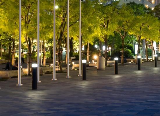 Đèn trang trí vỉa hè - thắp sáng lối đi cho người đi bộ