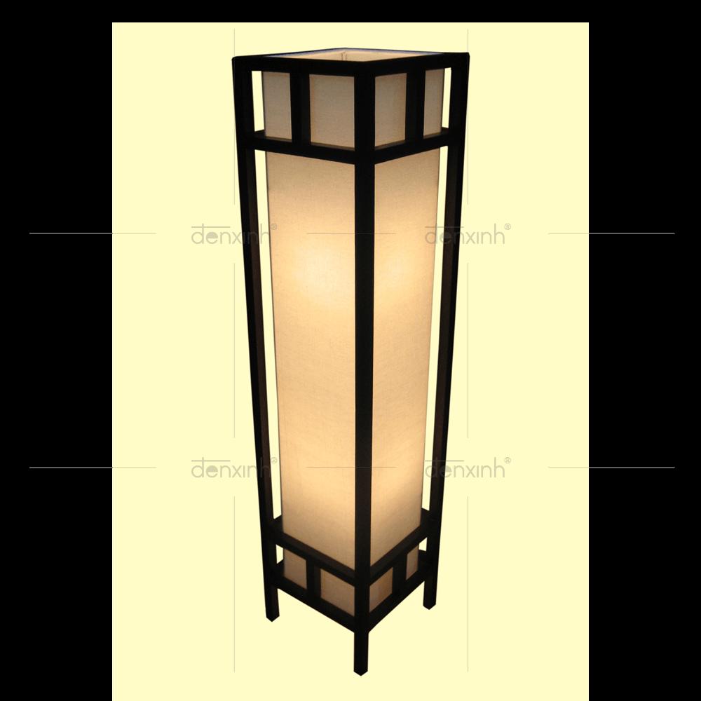 Đèn đứng DX Recly A của Đèn Xinh với thiết kế giản đơn, độc đáo sẽ làm cho không gian sân thượng thêm tỏa sáng, ấm cúng