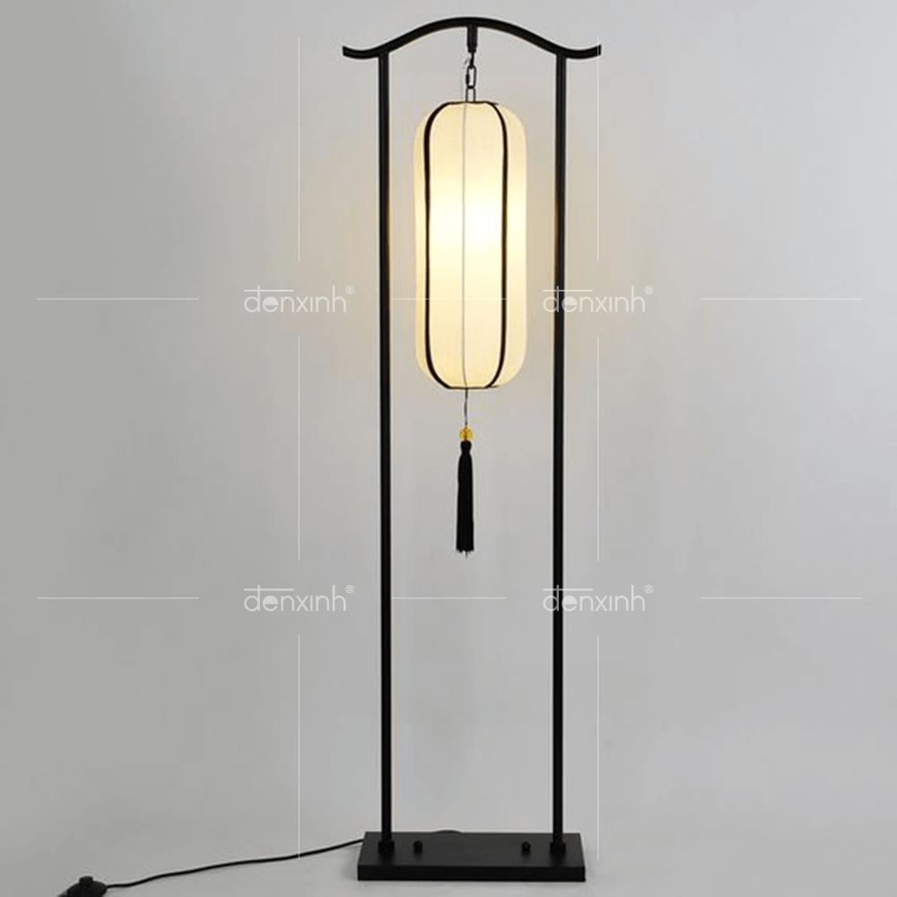 Đèn đứng chân cung đình hai thanh đế chữ nhật chất liệu inbox của Đèn Xinh có độ bền cao